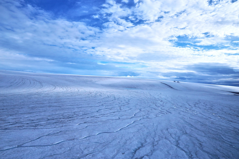 早期火星上覆盖着冰原,而不是流动的河流