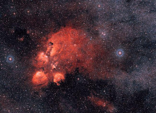 (图片来源:ESO /数字化天空调查2)