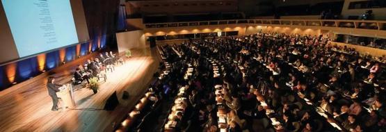 国际天文学联合会(IAU)在布鲁塞尔举行成立百年的庆典。图片来源:iau-100.org